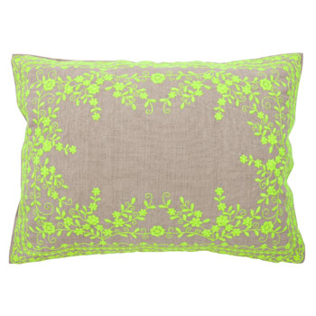 Kids Green Flower Pillow Cover / Zara Home Kids $35.90